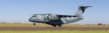 KC-390 TakeOff_1400x427