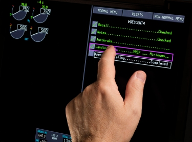 777x-touchscreens-from-rockwell-collins